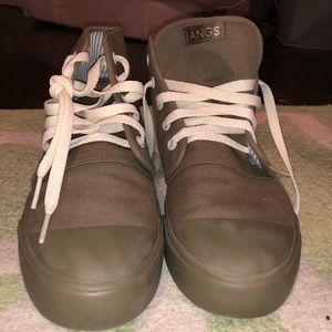Bangs Army Green Shoe